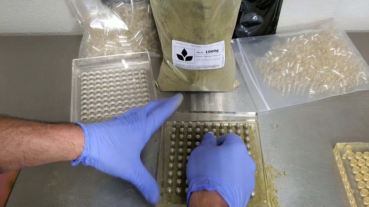 making kratom capsules